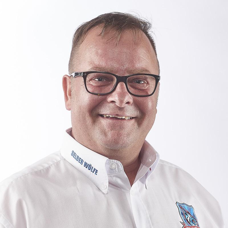 Die Fäden In Der Geschäftsstelle Fest In Der Hand – Geschäftsstellenleiter Peter Pahlen Im Interview