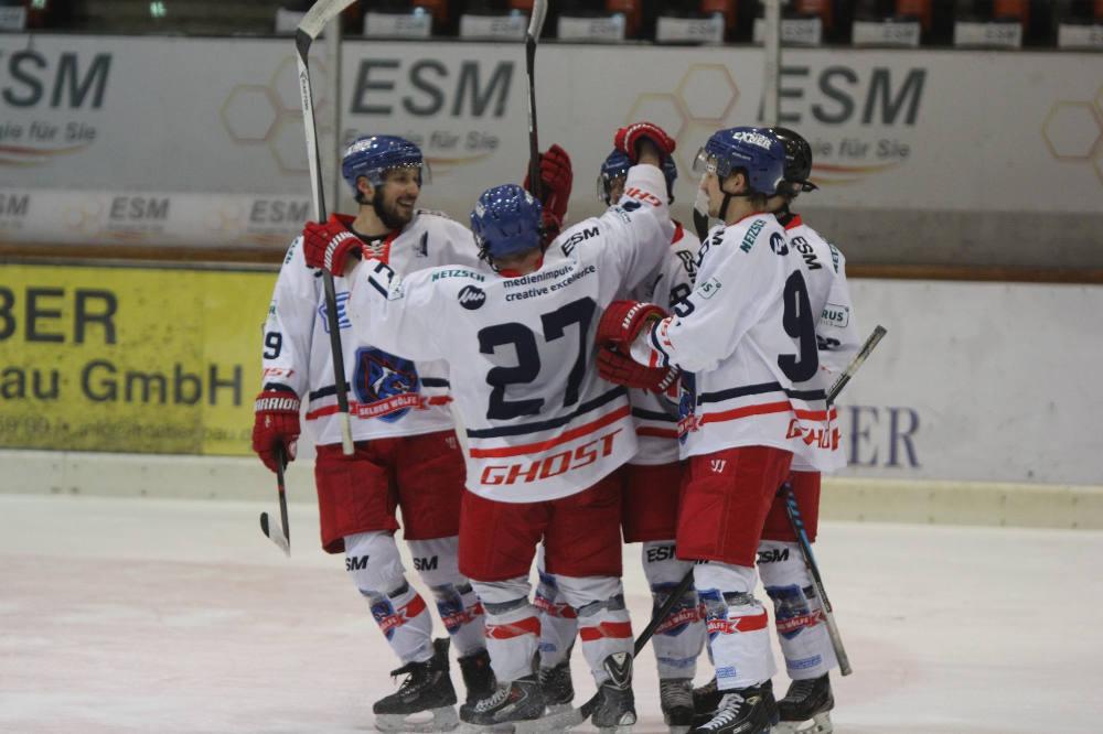 Sieg Im Ersten Spiel Des Play Down Finales Der Landesliga über Den EHC 80 Nürnberg.