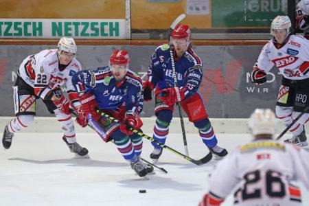 """Verdienter Heimerfolg Im """"Sechs-Punkte-Spiel"""""""